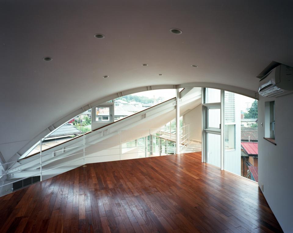 トライアングル・ハウスの写真3