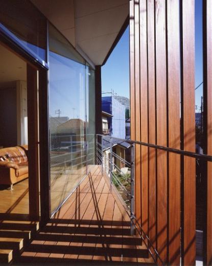 菱形の家の写真3
