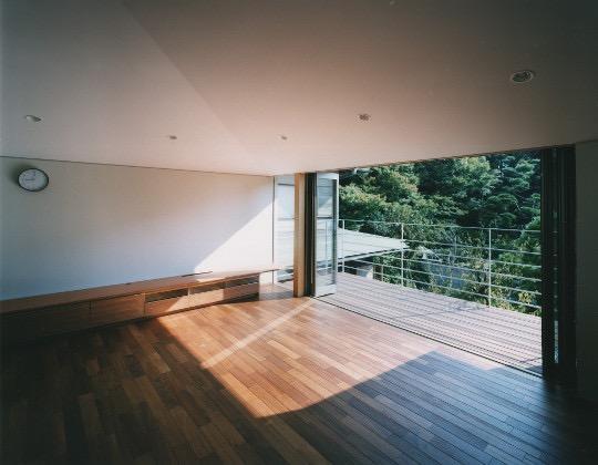 森を望む家の写真1