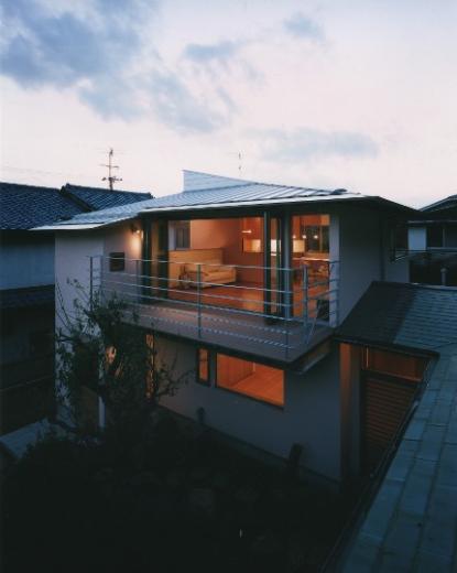 森を望む家の写真4