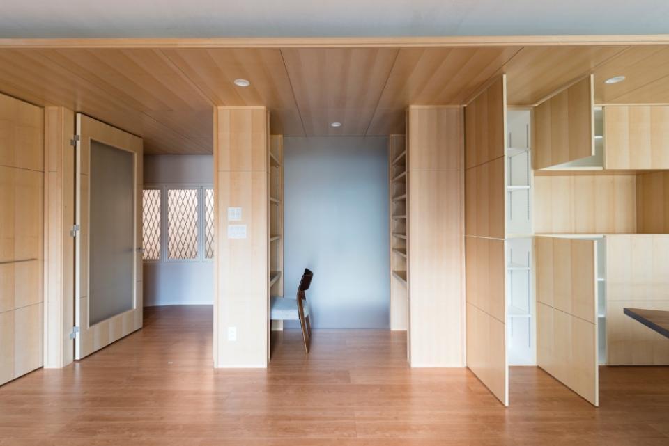 HOUSE I / LEDが広がる家の写真1