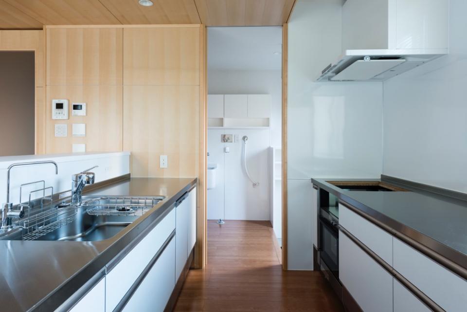 HOUSE I / LEDが広がる家の写真3