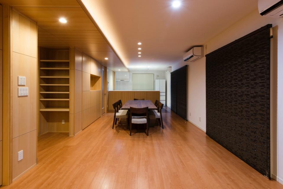 HOUSE I / LEDが広がる家の写真5