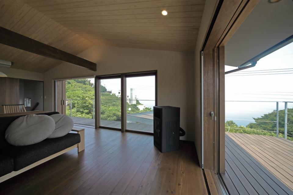 船上デッキからの景色が望める家の写真3