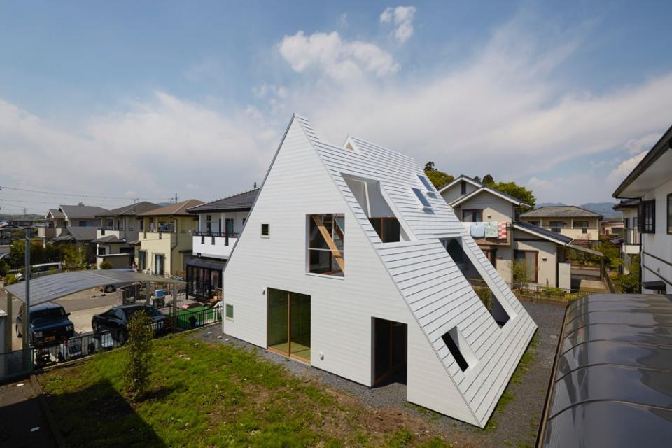 屋根裏部屋の家 house in utsunomiyaの写真0