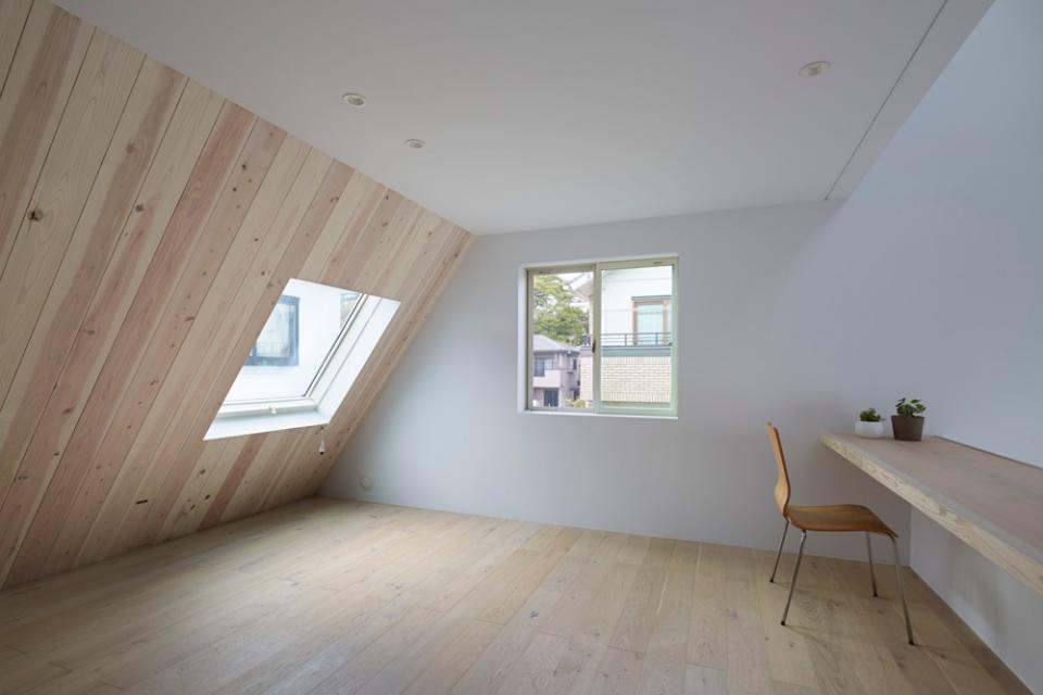 屋根裏部屋の家 house in utsunomiyaの写真5