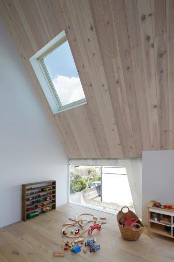 屋根裏部屋の家 house in utsunomiyaの写真6