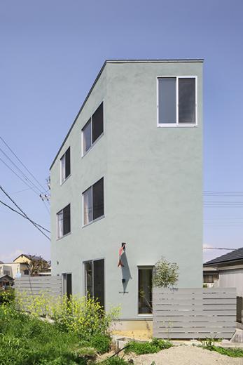 三層のフラットハウスの写真0