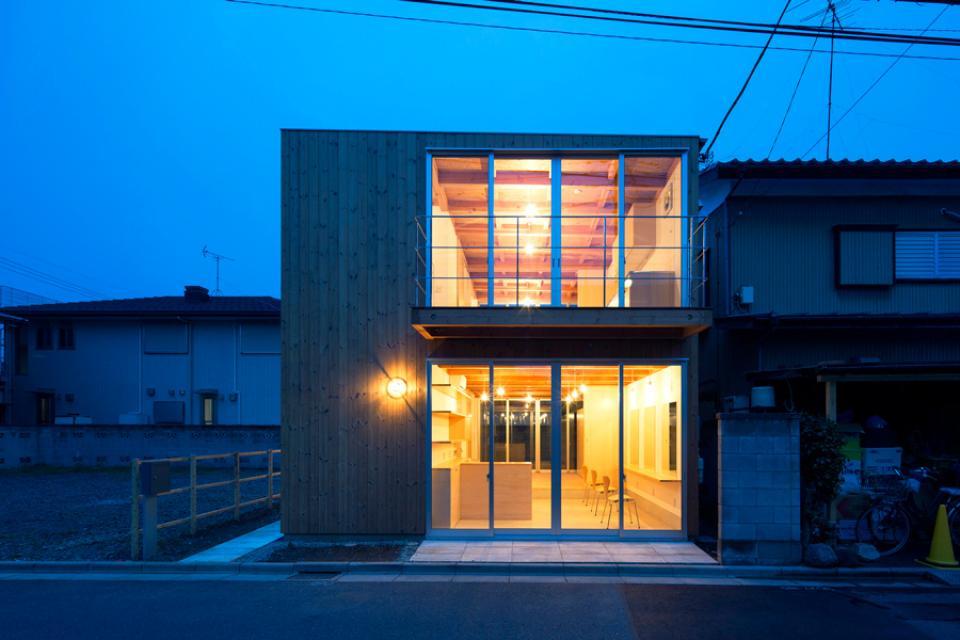木箱の家の写真9