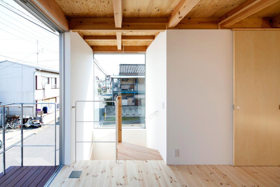 木箱の家の写真4