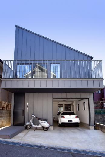 八千代の住宅 子育て世代のガレージハウスの写真0
