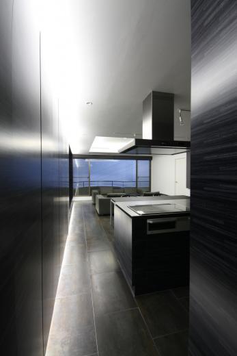 熱海Kヴィラ 伊豆山に建つリゾートマンションのリノベーションの写真1