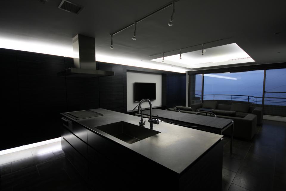 熱海Kヴィラ 伊豆山に建つリゾートマンションのリノベーションの写真3