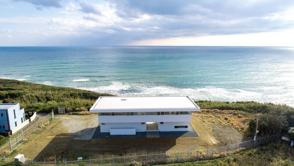 水平線の家 大海原の風景と暮らす家の写真1