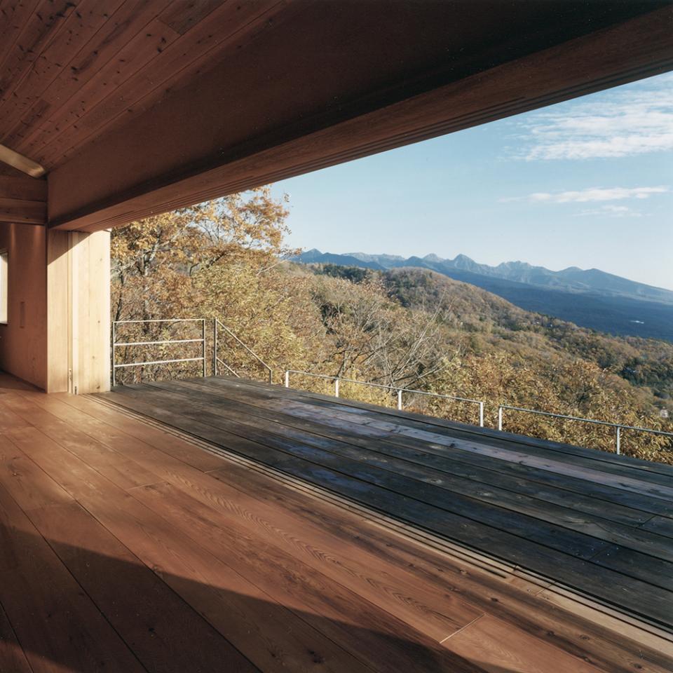 蓼科高原の家|大開口から八ヶ岳が一望できる週末住宅の写真0