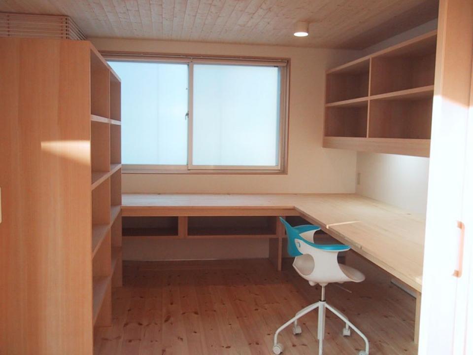 I-HOUSE RC造と木造の混構造 柔らかい光の空間 の写真2