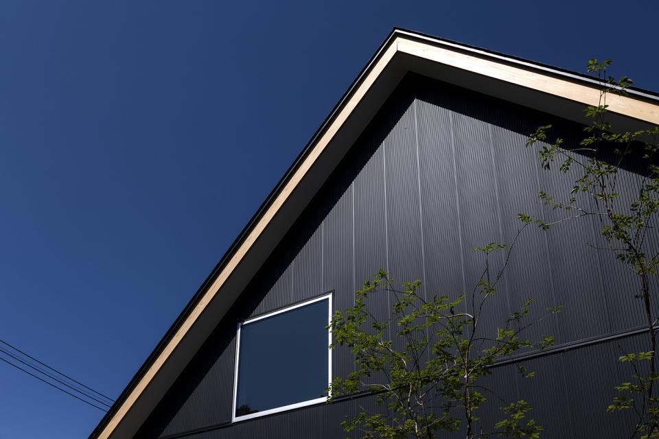 castor/単純な大屋根形状に普遍的な間取りを、立体的断面形状で組み込んでみる。の写真10