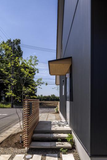 castor/単純な大屋根形状に普遍的な間取りを、立体的断面形状で組み込んでみる。の写真11