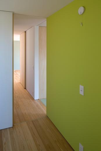 elnath/平面的、立体的な斜めの壁によって構成された空間を考えてみる。の写真14