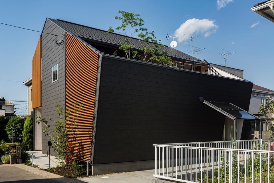 elnath/平面的、立体的な斜めの壁によって構成された空間を考えてみる。の写真19