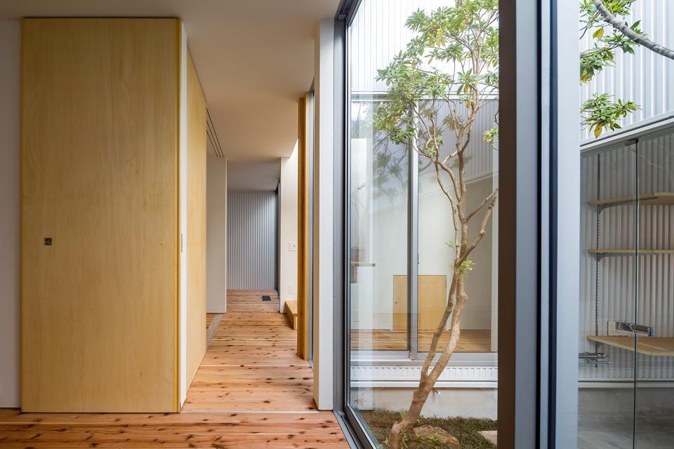 zubenelgenubi/囲われた2つの庭を立体的に多角的に眺められるかたちを考えてみる。の写真9