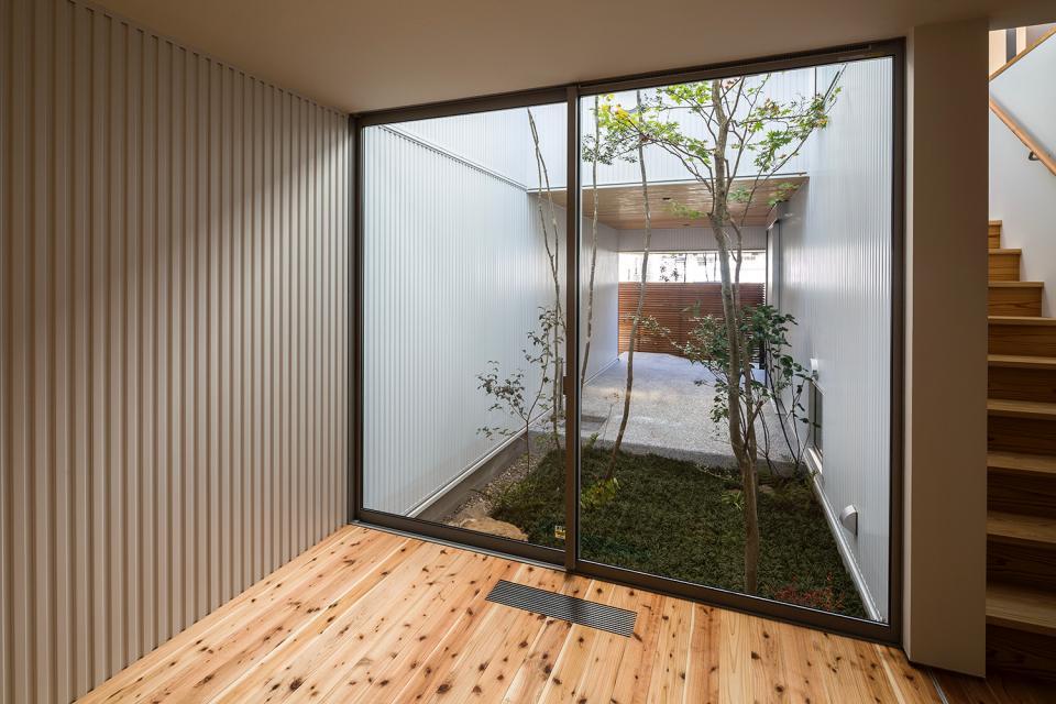 zubenelgenubi/囲われた2つの庭を立体的に多角的に眺められるかたちを考えてみる。の写真15