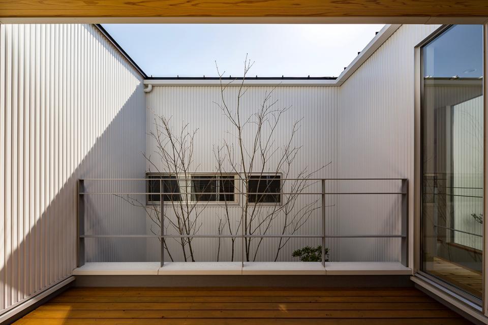 zubenelgenubi/囲われた2つの庭を立体的に多角的に眺められるかたちを考えてみる。の写真7