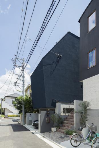 カタマリの家の写真0