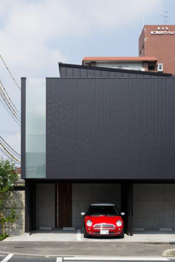VERTICAL HOUSE (縦格子の家)の写真2