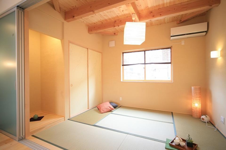 四季を感じ、人に優しい家  ~箱型バルコニーのシンプルモダンの家~ の写真10