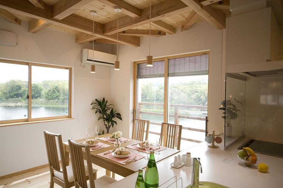 四季を感じ、人に優しい家  ~箱型バルコニーのシンプルモダンの家~ の写真8