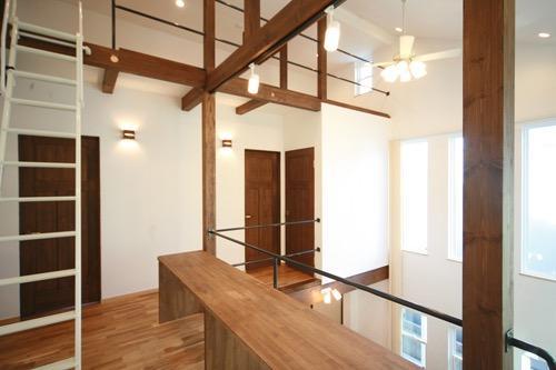 天井高さ7.0Mのリビングと真壁和室がある住まい。の写真14