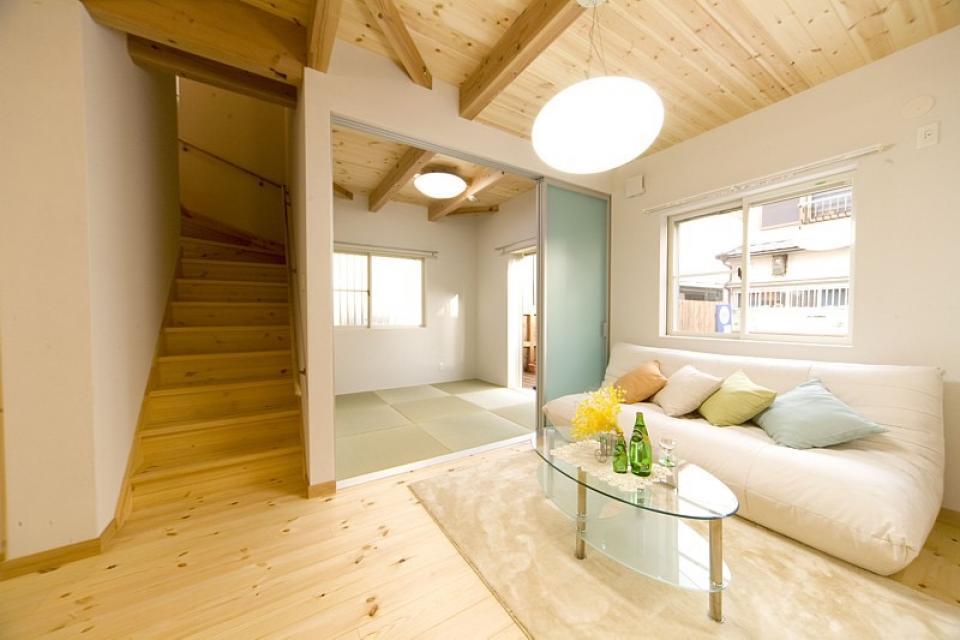 女の子が憧れるマイホーム ~ウッドデッキのある新和風スタイルの住まい~の写真3
