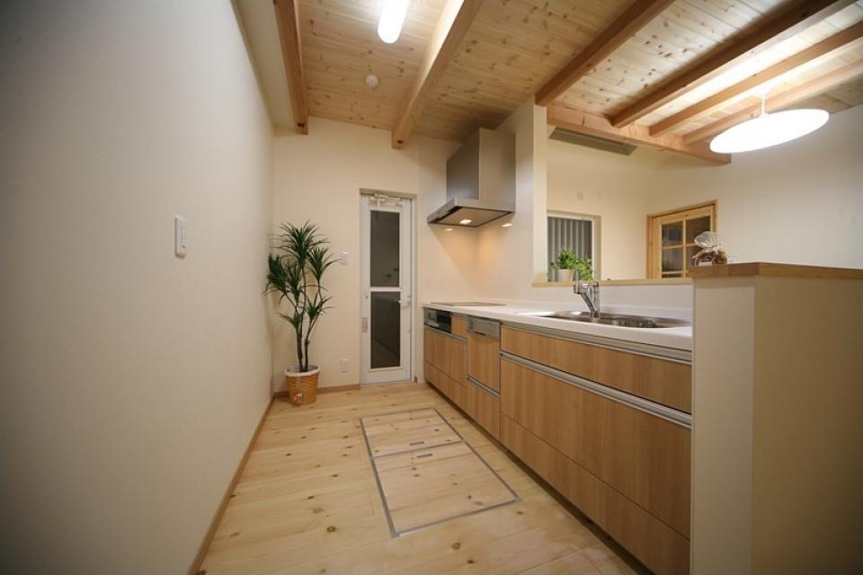 集会場に使われる和室のある2世帯住宅の写真1