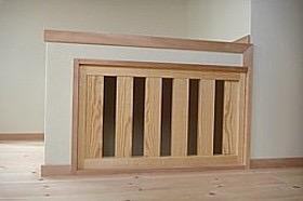丸太梁のある回廊式現代和風の家の写真11