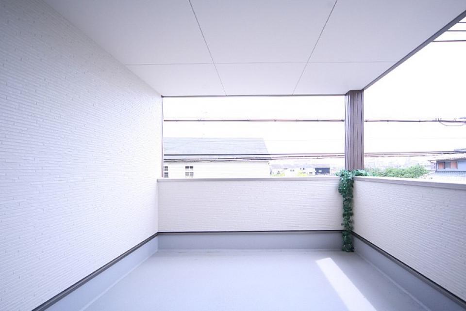 背伸びせず、丁度良い大きさの夢のマイホーム  ダークブラウンとホワイトのコントラストで、高級感のあるインテリア!の写真5