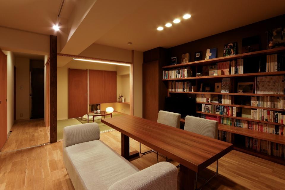素材と照明で魅せるマンションリフォーム住宅の写真4