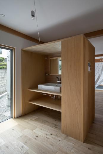 斜格子の住宅の写真5