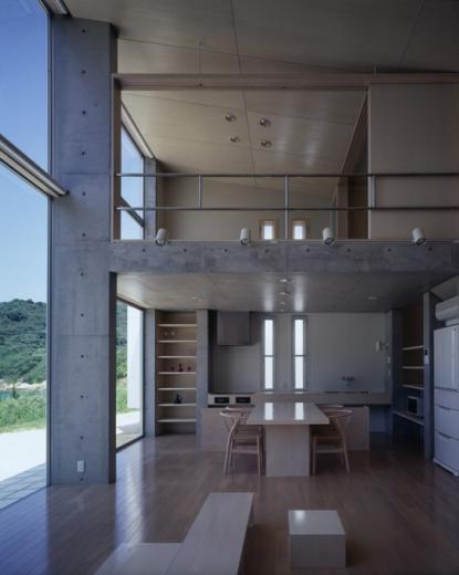 暖炉と大階段のある海辺の別荘 室津・海の家の写真2