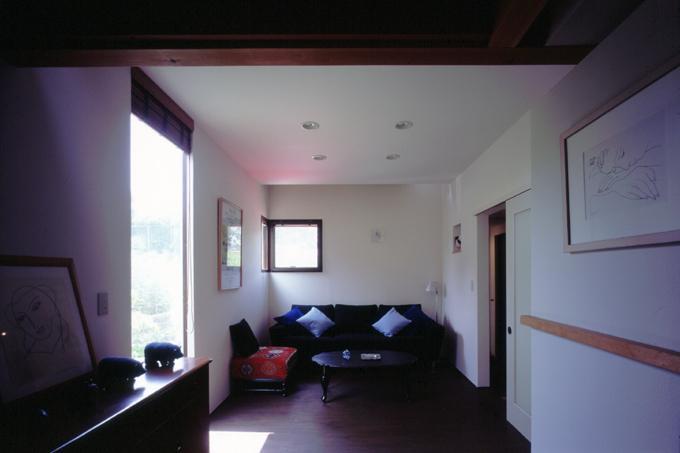 光と風が行きわたるコンパクトなエコハウス 桂台O邸の写真1