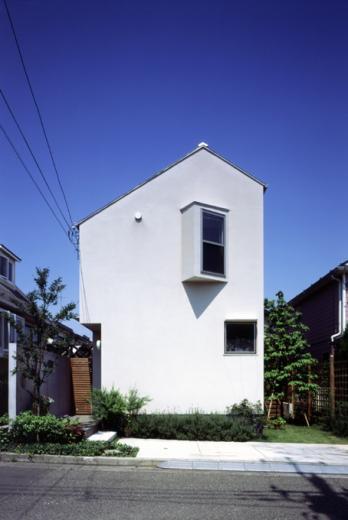 光と風が行きわたるコンパクトなエコハウス 桂台O邸の写真3