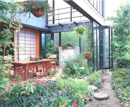 雨でも家の中でバーベキュー!全天候型アウトドアリビングの家の写真1