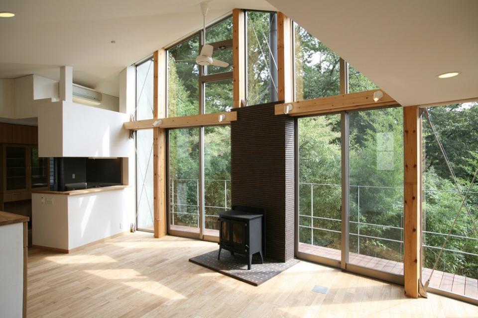 森を見る家の写真7