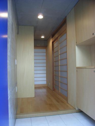 ギャラリーのある二世帯住宅の写真2