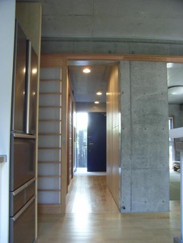 ギャラリーのある二世帯住宅の写真4