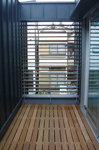 木造三階建て二世帯住宅の写真17