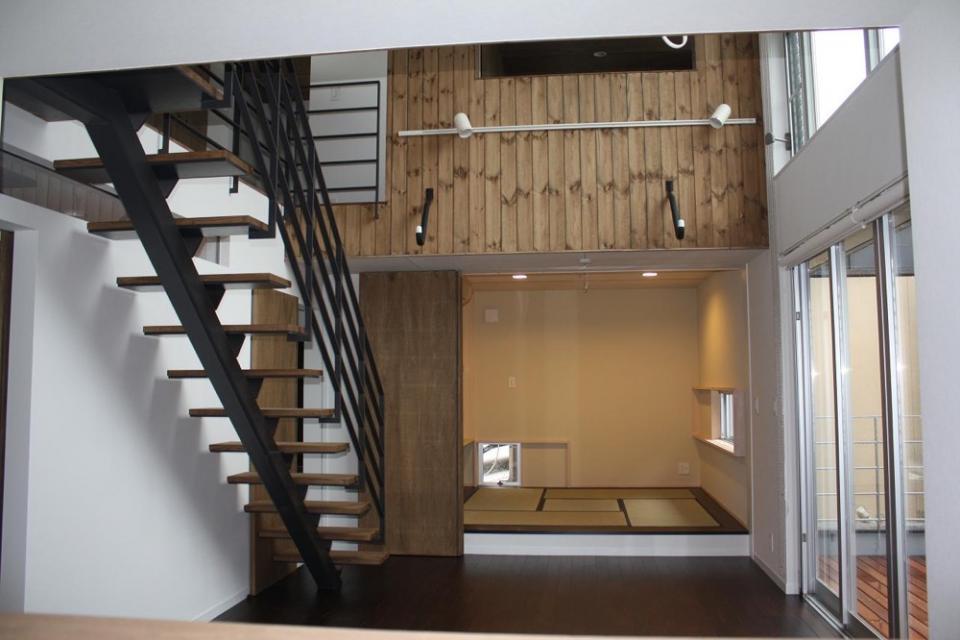 木造三階建て二世帯住宅の写真2