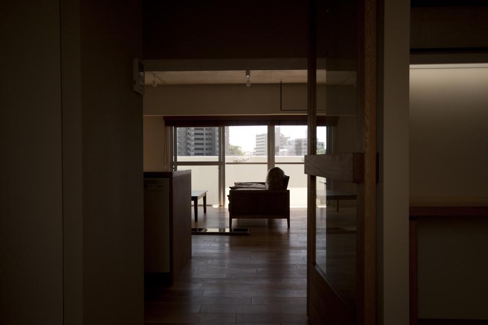 所蔵する本の数が多い家族のマンションのリノベーションの写真3