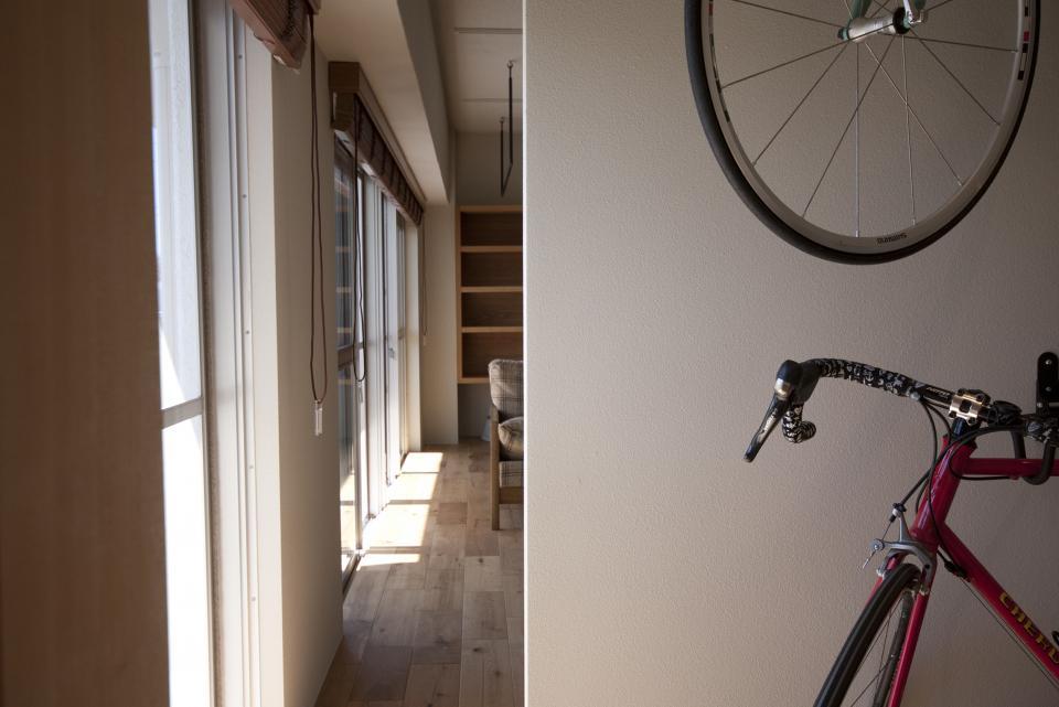 所蔵する本の数が多い家族のマンションのリノベーションの写真4