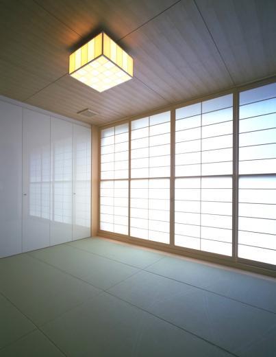ガラス張りのバスルームのある住宅-FIORIRE-の写真6
